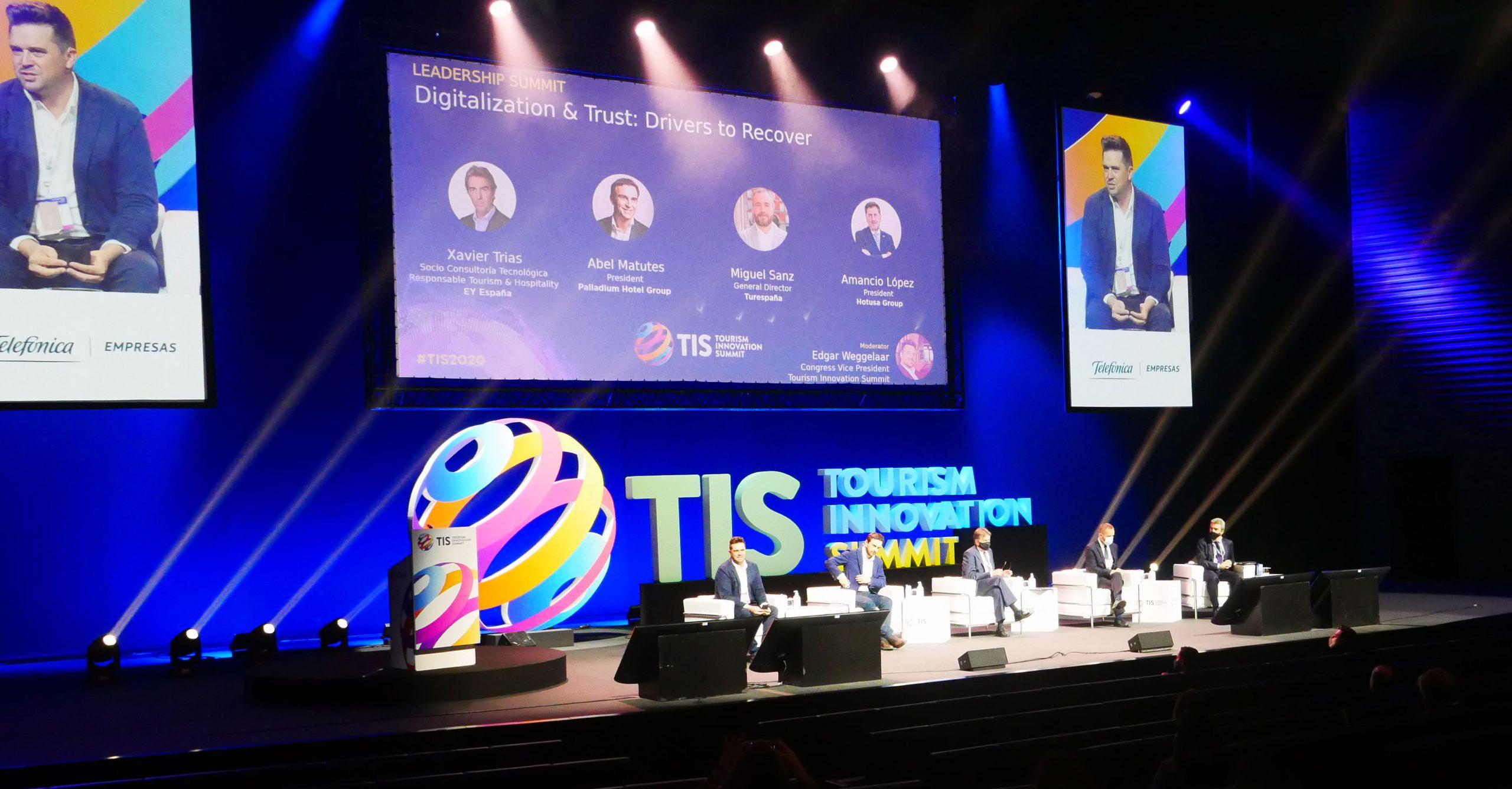 Los CIOs de Radisson, RIU Hotels, NH Hotel Group y Telefónica desgranan sus estrategias digitales en TIS2020